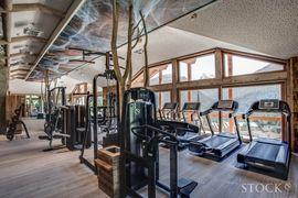 STOCK resort - 190m² Panprama Fitnessraum