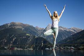 Yoga in den Bergen - STOCK resort