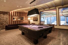 Billard Lounge im STOCK***** resort