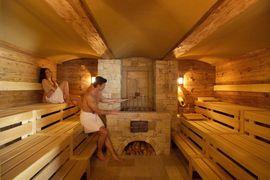 Sauna im STOCK resort in Finkenberg im Zillertal, Tirol