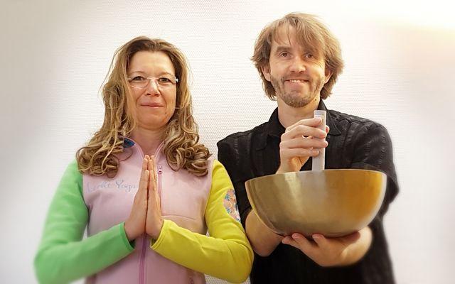 Lichtyoga & Meditative Klänge mit Manuela und Marc 24. - 28.11.2019 1/4