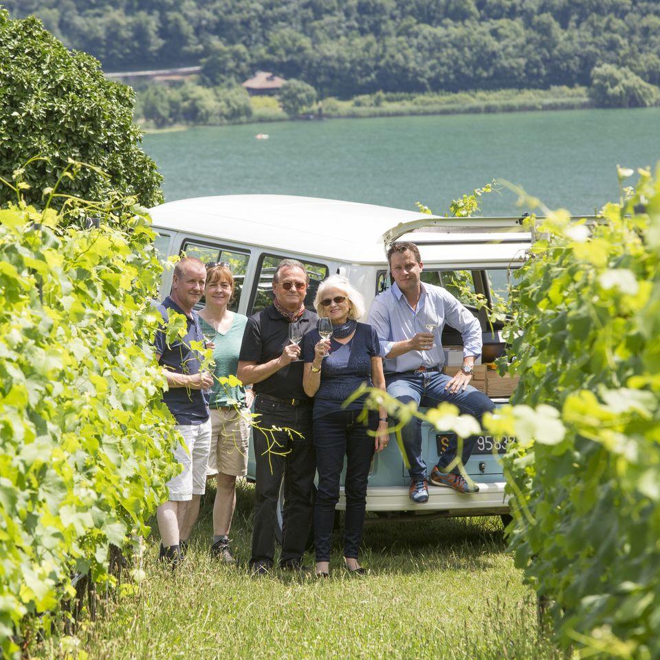 Weintour im Oldtimer VW Bulli