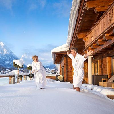 Offer: Snow white weeks with your personal winter bonus - Das Karwendel - Ihr Wellness Zuhause am Achensee
