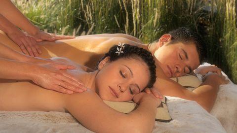 NEU: Massage mit Honig