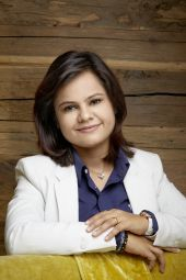 Konsultation und Pulsdiagnose mit Frau Rajat Vashisht (B.A.M.S.)