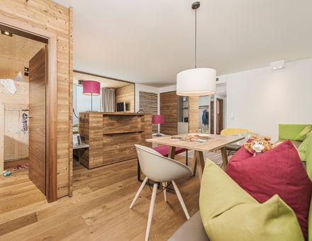 Hotel Room: Family Suite 105m² - Mia Alpina