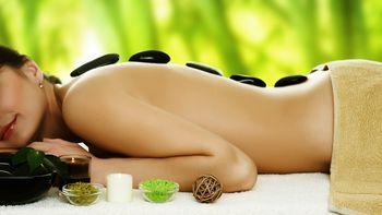Massage Hot Stone du dos de la tête et de la nuque