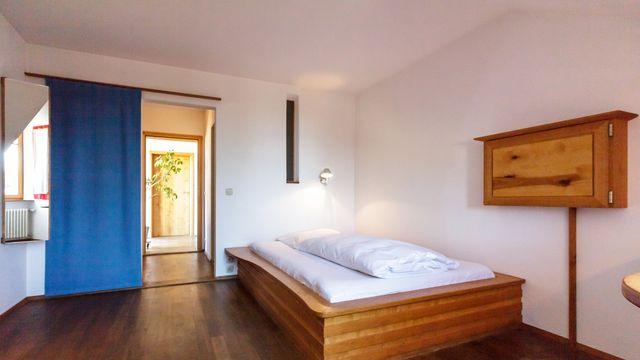 Single room (refurbished)