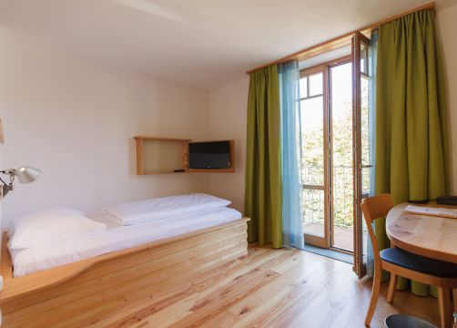 Single room (east) (1/3) - Alter Wirt