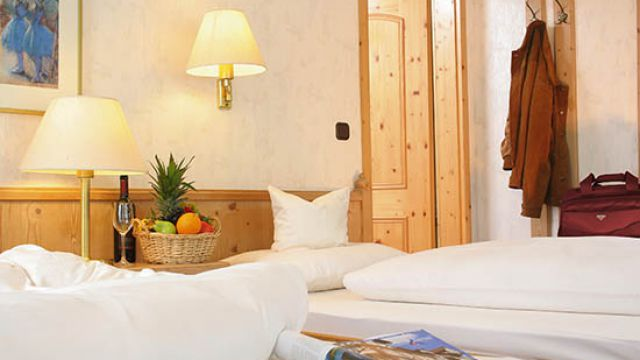 guest house, comfort double room incl. breakfast