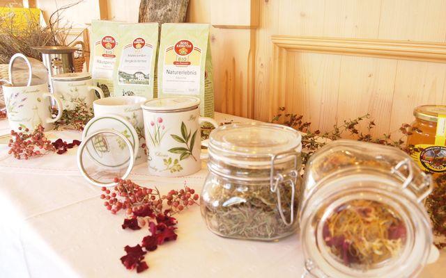 Biohotel Veitenhof: Selbstgemachte Produkte aus Kräutern
