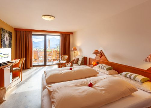 """Double Room """"South Panorama""""  COMFORT (1/4) - Biohotel Eggensberger"""