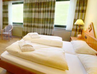 "Double Room ""Meadow"" BASIC - Biohotel Eggensberger"