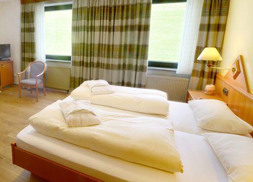 "Double Room ""Meadow"" BASIC (1/5) - Biohotel Eggensberger"