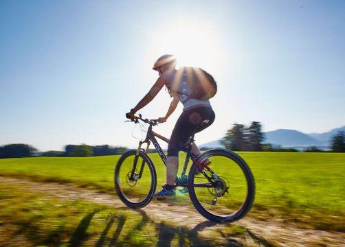 Biking in Hopfen - Biohotel Eggensberger