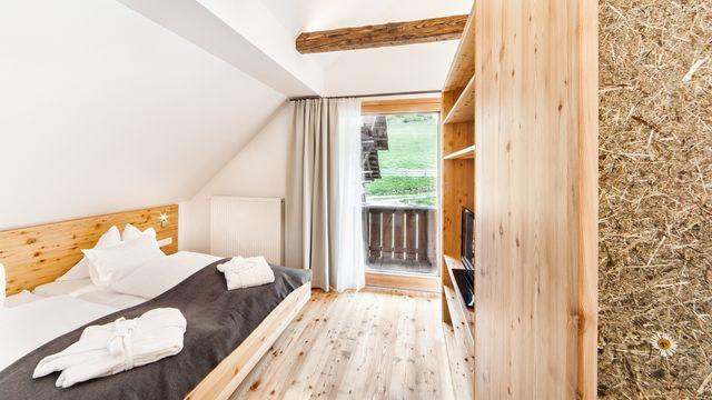 Doppelzimmer mit Balkon und Waldblick Nr. 16