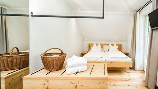 Doppelzimmer mit Balkon und Waldblick Nr. 10 im Haupthaus