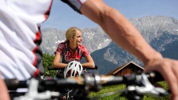 Biohotel Schweitzer Mountainbike Aktivurlaub Tirol