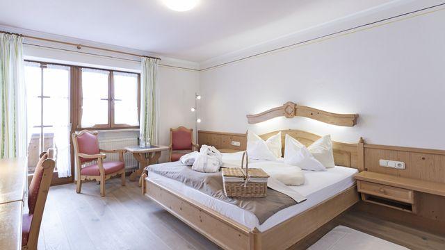 Komfort-Doppelzimmer Holunder mit Balkon