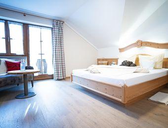 Comfort double room Elderberry South with balcony - moor&mehr Bio-Kurhotel