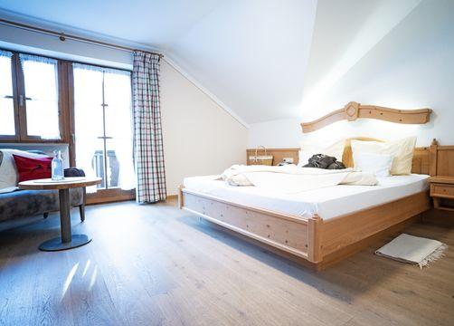 Comfort double room Elderberry South with balcony (1/2) - moor&mehr Bio-Kurhotel