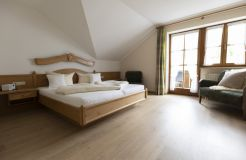 """Comfort Double Room """"Holunder"""" with Balcony (3/3) - moor&mehr Bio-Kurhotel"""