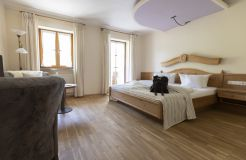"Organic Romantic Double Room ""Lavender"" South (3/3) - moor&mehr Bio-Kurhotel"
