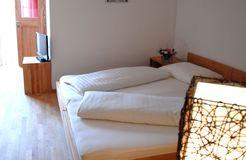 biohotels anna bio mehrbettzimmer mit balkon (2/2) - Landhotel Anna & Reiterhof Vill