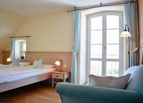 Biohotel Parin Zimmer Himmel (1/3) - Hotel Gutshaus Parin
