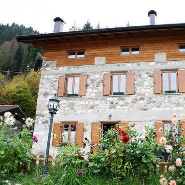 Frontansicht, Maso Alice, Cinte Tesino, Trentino, Trentino-Südtirol, Italien