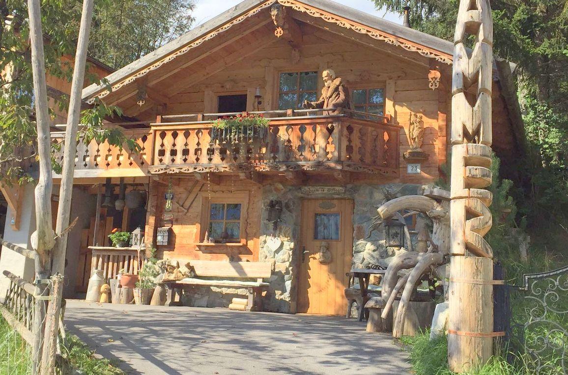 Hammer-Hütte, Sommer