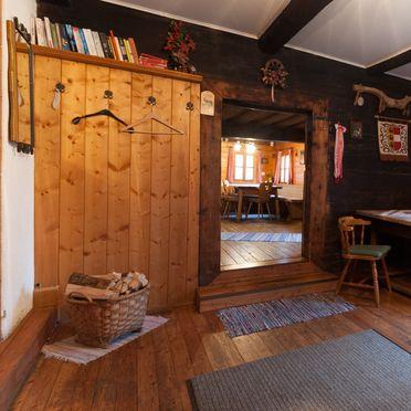 Livingroom, Reinhoferhütte in St. Gertraud, Kärnten, Carinthia , Austria