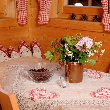 Esstisch, Josef-Speckbacher-Hütte in Mayrhofen, Tirol, Tirol, Österreich