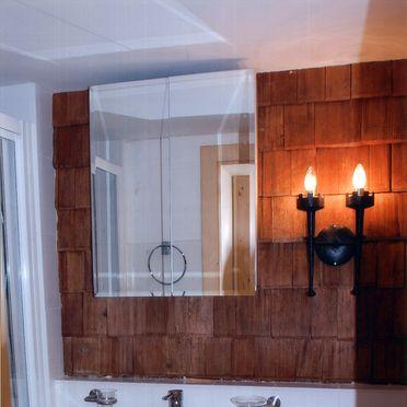 Goldwäscherhütte, Bathroom