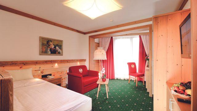 Einzelzimmer mit französischem Balkon oder Wohnteil