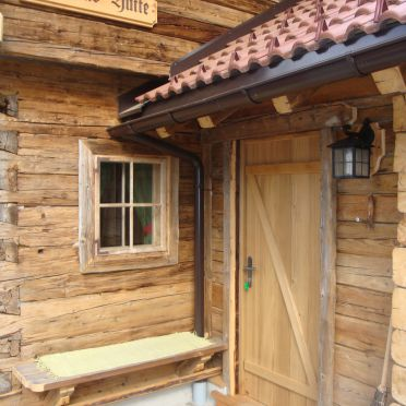 Hubertushütte, Eingang