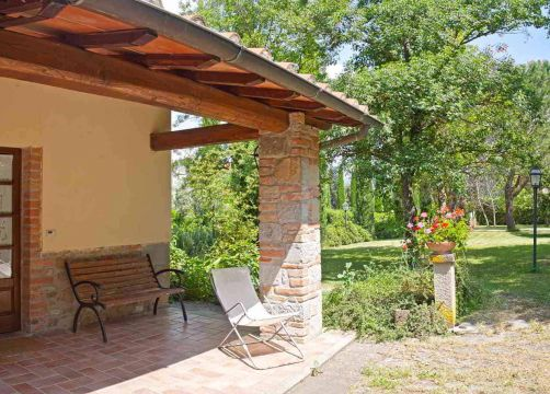 Peonia (1/4) - Weingut & Biohotel La Pievuccia