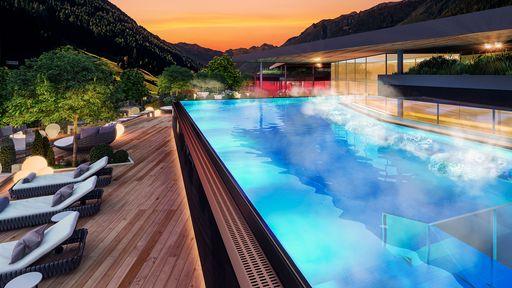 Neuer Sunset Sky Pool im A&L Wellnessresort Südtirol