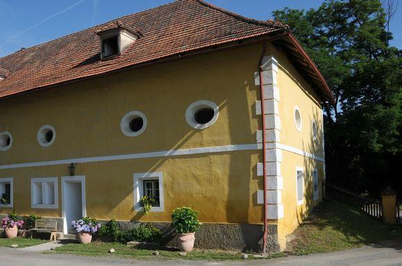 ", Gut Ottmanach ""Josefhof"", Pischeldorf, Kärnten, Carinthia , Austria"