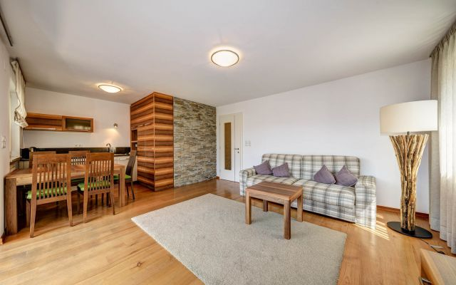 Zimmer Family-Appartement groß