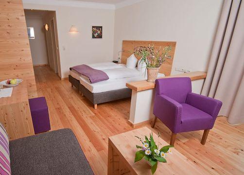 Biohotel Holzleiten Doppelzimmer Wanneck (1/4) - Bio-Wellnesshotel Holzleiten
