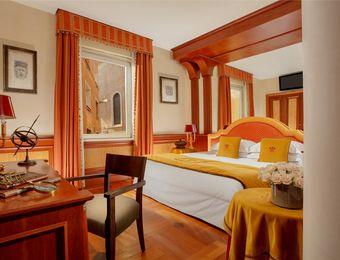 Deluxe room with Terrace - Hotel Raphaël
