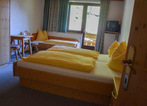 Pirker´s Juniorsuite (1/3) - Pirker's Natur & Bio- Familienhotel
