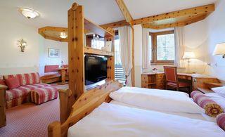 DE LUXE mountain king rooms
