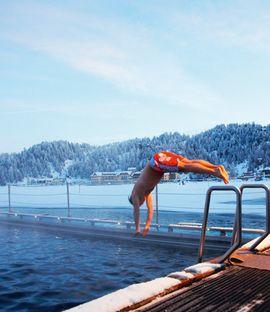 Das Hotel am See mit immer warmem See-Bad