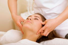 Treat yourself to pleasant holiday massages!