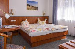 double room standard (2/3) - Biohotel Strandeck