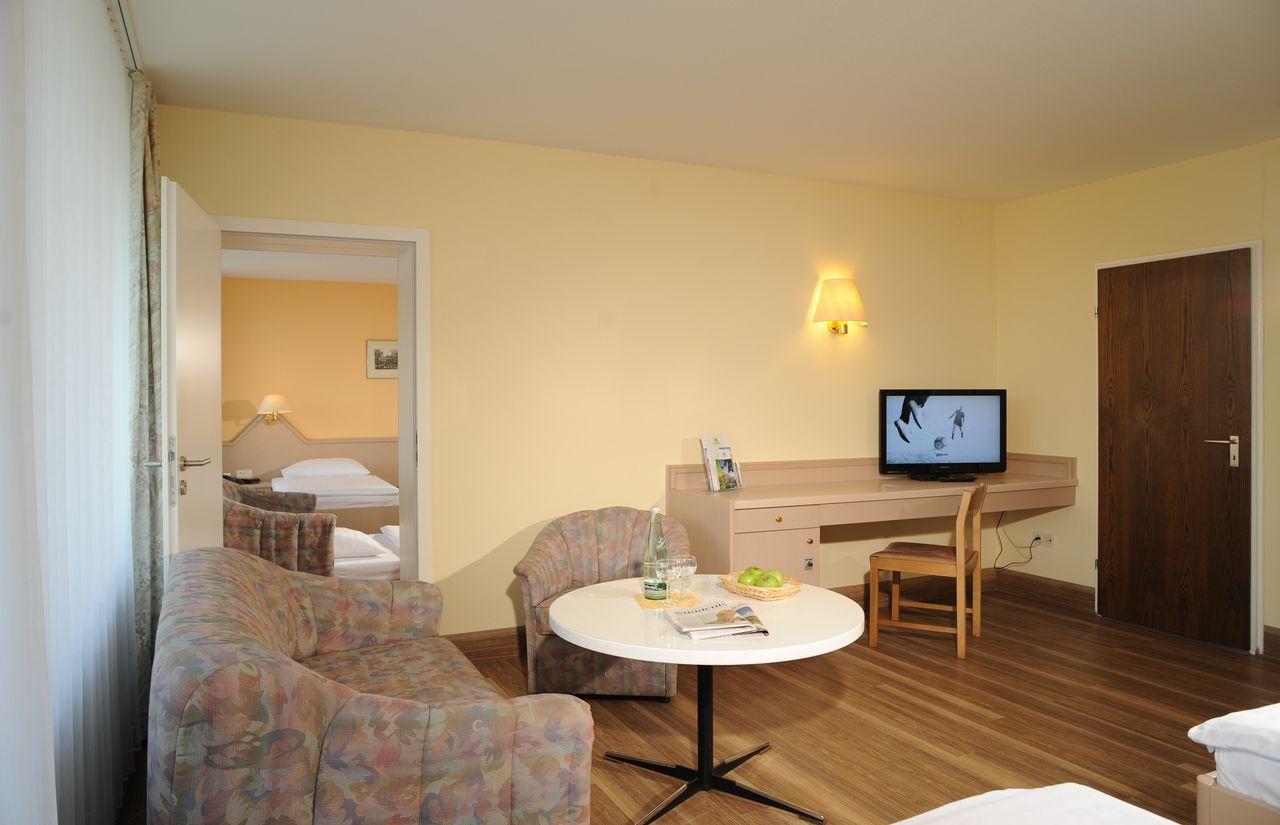2-Raum-Familienappartement Hotel Sonnenhgel.JPG