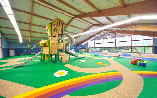Indoor Spielplatz Hotel Sonnenhügel © eibe Röttingen.jpg