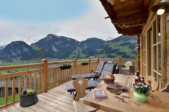 Terrasse, Bergchalet Klausner Die Hütte in Ramsau im Zillertal, Tirol, Tirol, Österreich